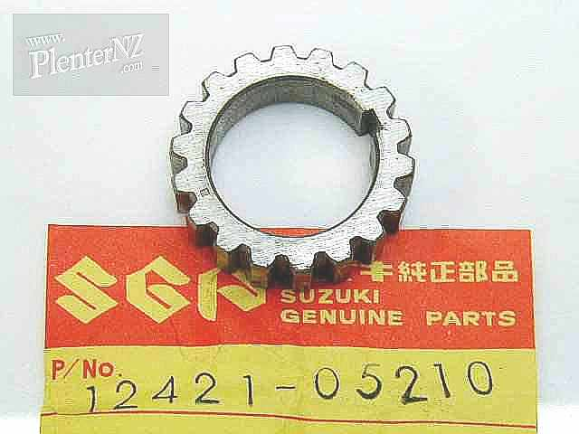 12421-05210 - GUIDE,DISC VALVE