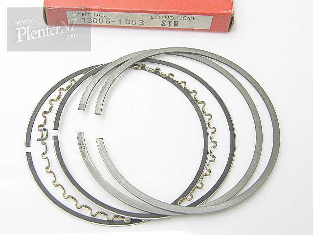 13008-1053 - PISTON RING SET,STD