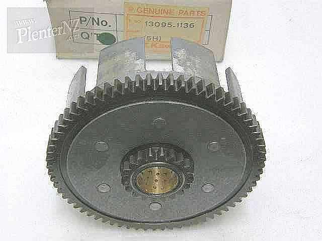 13095-1136 - CLUTCH HOUSING,COMPLETE