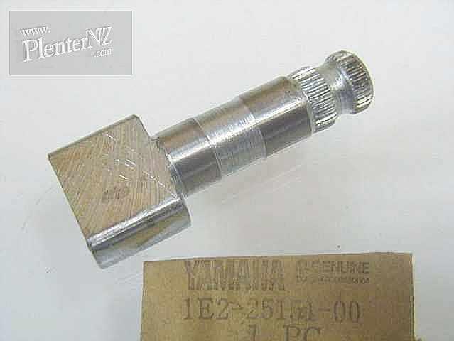 1E2-25151-00-00 - CAMSHAFT
