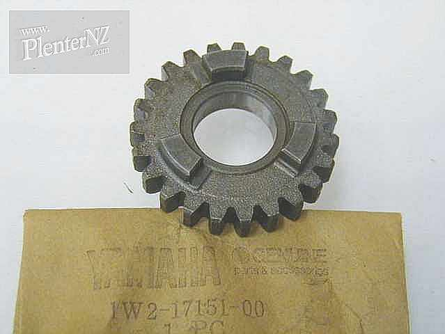 1W2-17151-00-00 - GEAR, 5TH PINION (23T)