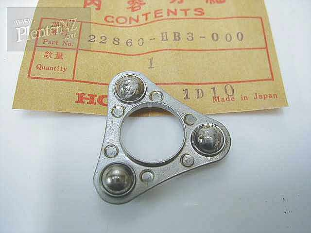 22860-HB3-000 - RETAINER COMPLETE,BALL