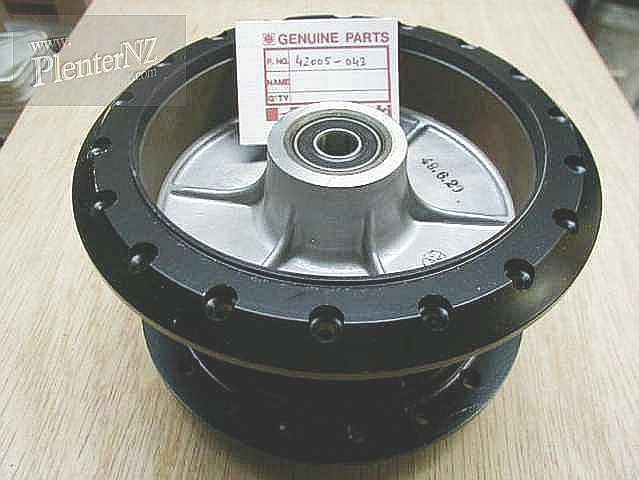 42005-043 - REAR BRAKE DRUM ASSEMBLY